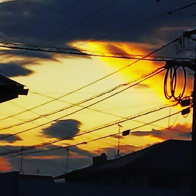 大好きな夕日なあんも言えない… #福山神辺