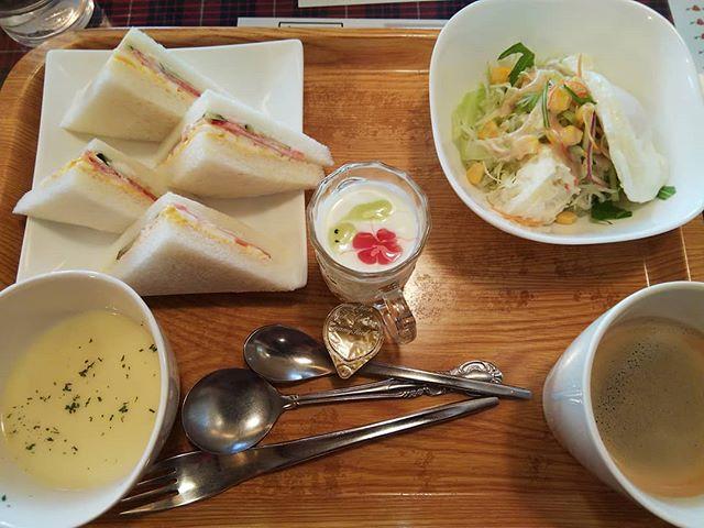 ゆっくりとモーニング少し少食になったかなぁ完食出来なかったまっ食べ過ぎよりはいいかな?#福山神辺#モーニング